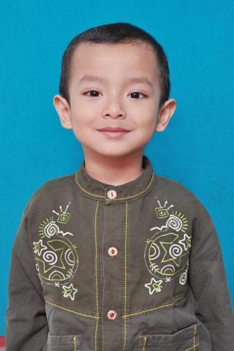 pas foto pertama kakak Mahes :D